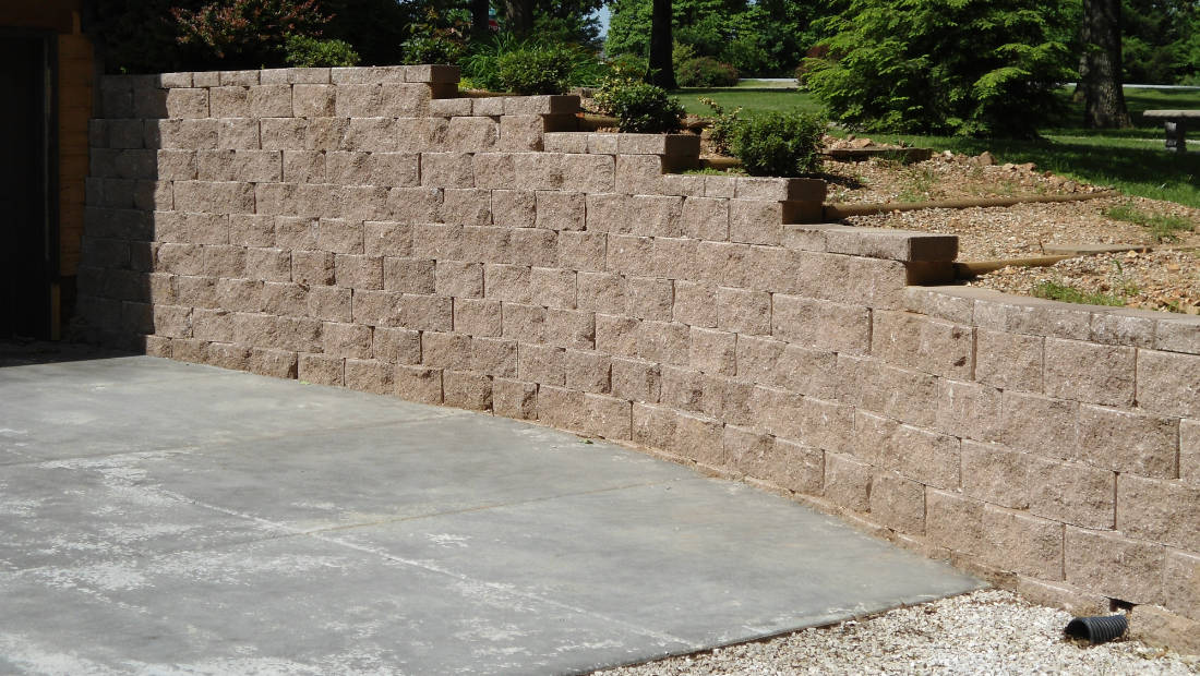 Decorative Block Retaining Wall